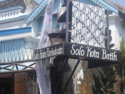 Sebagai kota yang selalu menjunjung tinggi nilai budaya jawa maka kota Solo  ini tidak terlepas ... 52c4edddc2