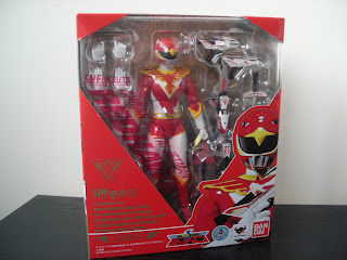 SH Figuarts Red Hawk Box Front