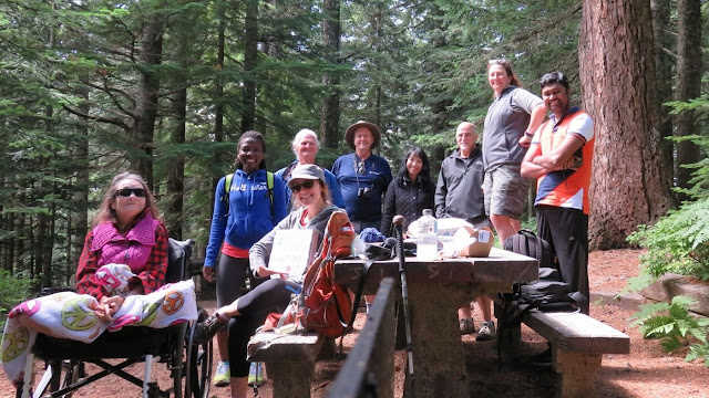 Larch Mountain Hiking Team