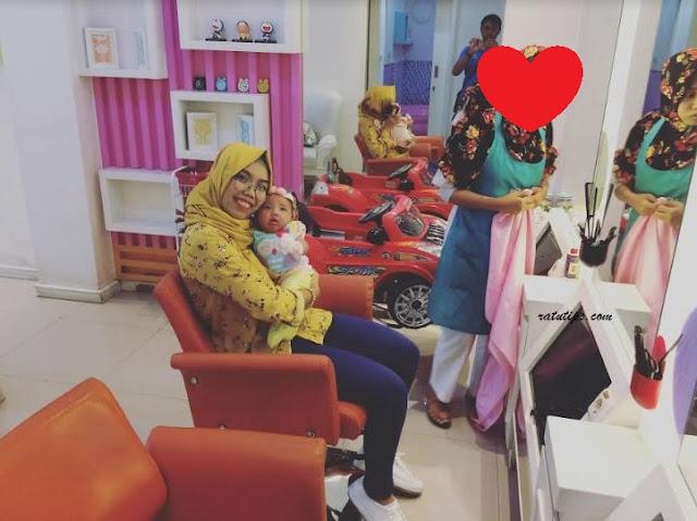 Pengalaman Mencukur Rambut Bayi di Mommy and Me Baby Spa