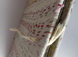 libro-de-artista-textil