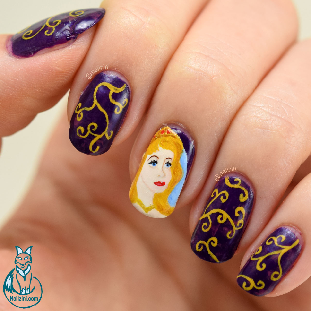 The sleeping beauty - Aurora Nail Art Nailzini