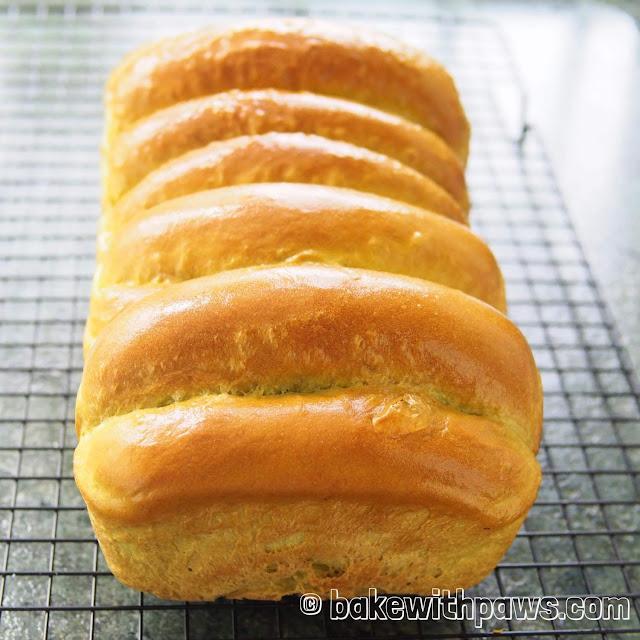 Pandan Pull-Apart Bread