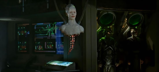 La Regina Borg (Alice Krige) in una scena del film Star Trek Primo Contatto - TG TREK: Notizie, Novità, News da Star Trek