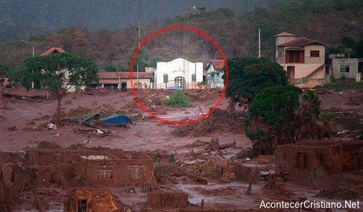 Iglesia permanece intacta después de fuerte avalancha