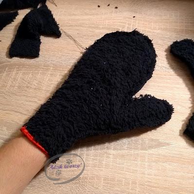 Adzik tworzy - jak zrobić rękawiczki DIY