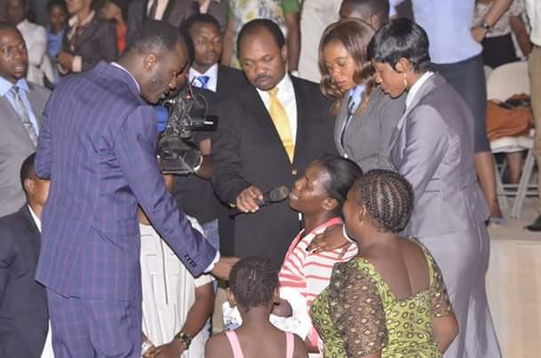 While El-Rufai is paying Fulani herdsmen, Apostle Suleman donates N1m to orphaned baby