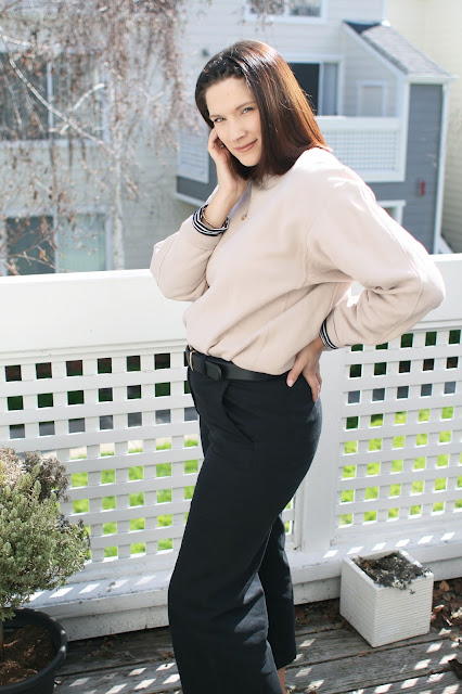 Everlane, High Street fashion, beige, yeezy, Postpartum, mom blog, Fbloggers