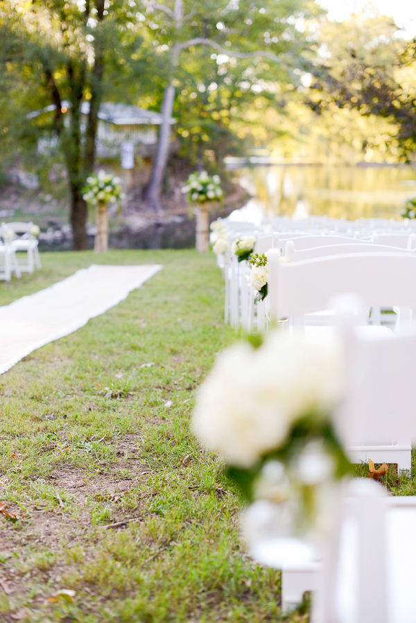 bride+groom+bridal+ceremony+river+lake+southern+south+pink+white+green+cowboy+cowgirl+horse+floral+arrangements+wood+woodland+rustic+shabby+chic+centerpiece+wedding+cake+dog+ring+bearer+dogs+simply+bliss+photography+3 - Grandpa's Ranch