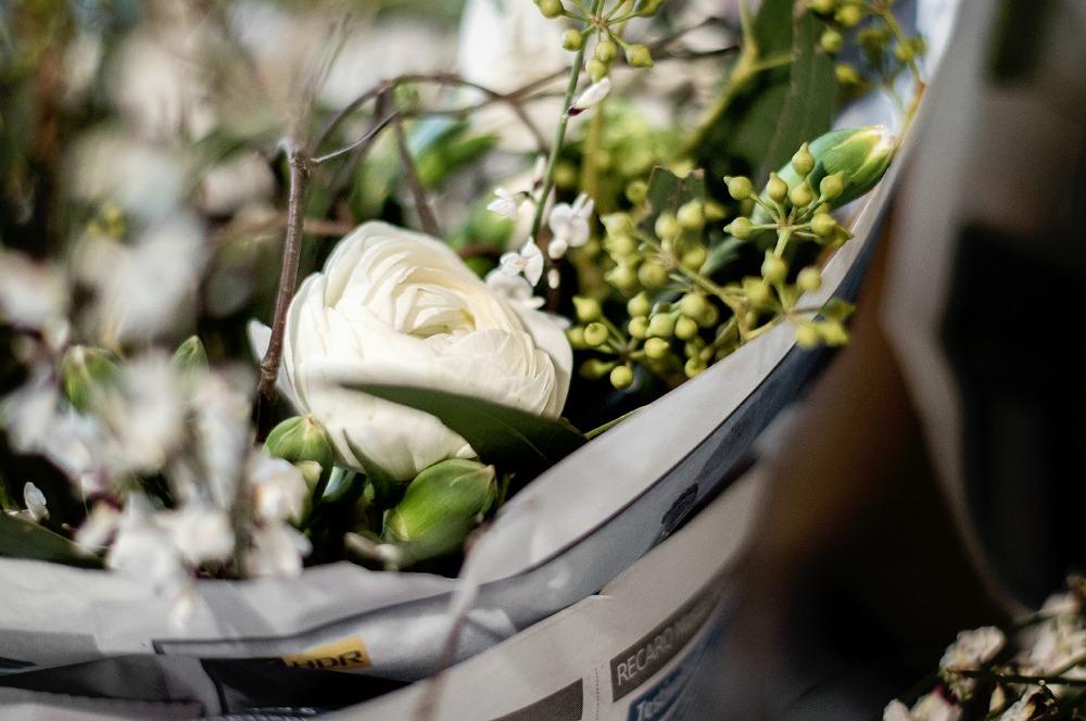 Cafelatte lifestylepuoti, sisustus, sisustaminen, keramiikka, sisustusliike, Espoo, Tuias, käsityö, käsin tehty, diy, kahvikuppi, kukat