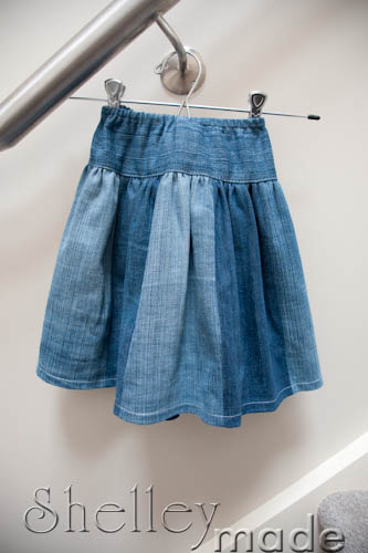 ae4fe404a0 Shelley Made: Tutorial - Upcycle Jeans to Twirly Skirt