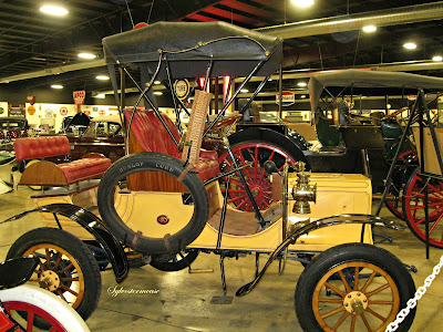 1904 Reo - Tupelo Automobile Museum - photo by Cynthia Sylvestermouse