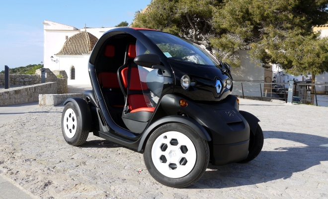 Renault Twizy 45 from the front