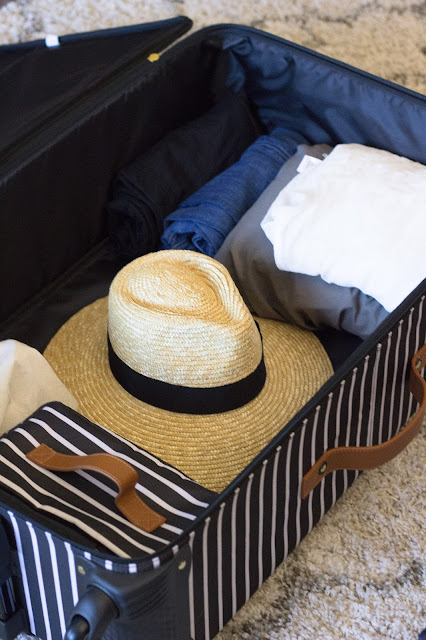 packing tips to pack your hats inside your suitcase