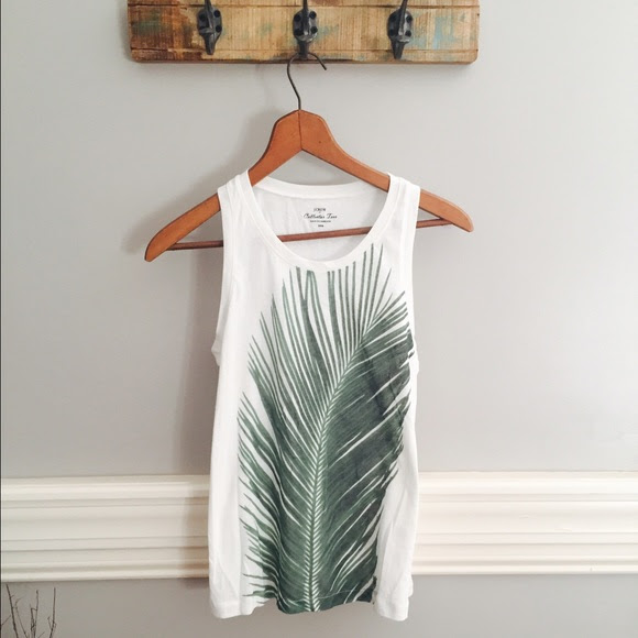 Palm Graphic tank by J. Crew from Poshmark seller @kimdoeswork white and green earthy hippie summer fashion