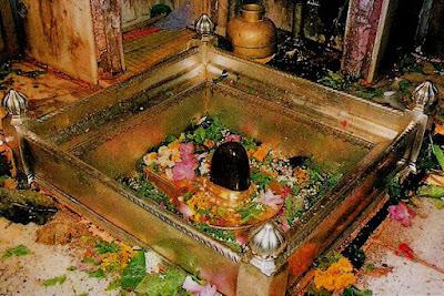 Kashi vishwanath temple in Varanasi,Uttar Pradesh