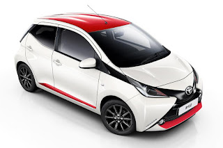 Toyota Aygo x-press 5-Door (2017) Front Side