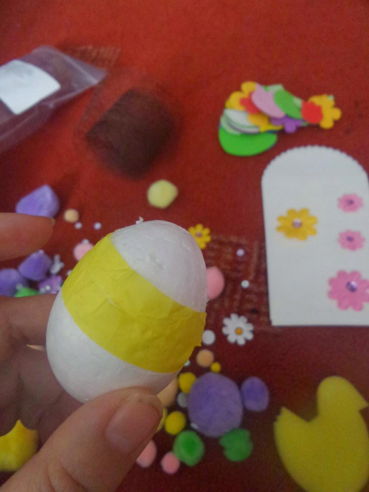 Decoupaging an egg