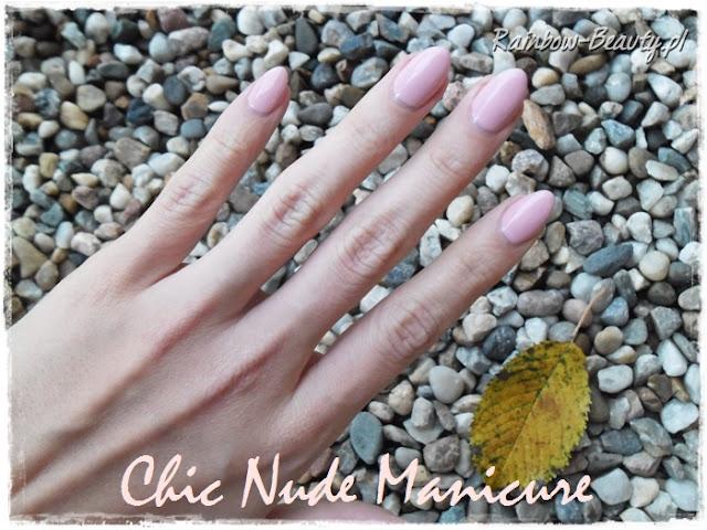 nude-manicure-cieliste-hybrydy