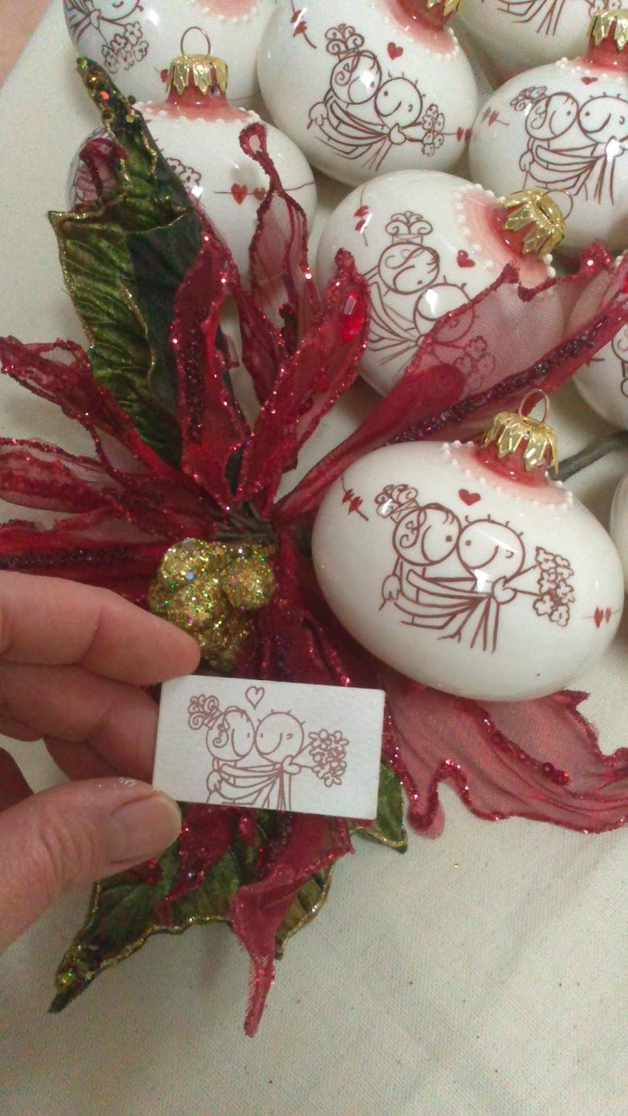 Eccezionale ceramica come mestiere: Pallina di Natale con sposi. Bomboniera  DK63