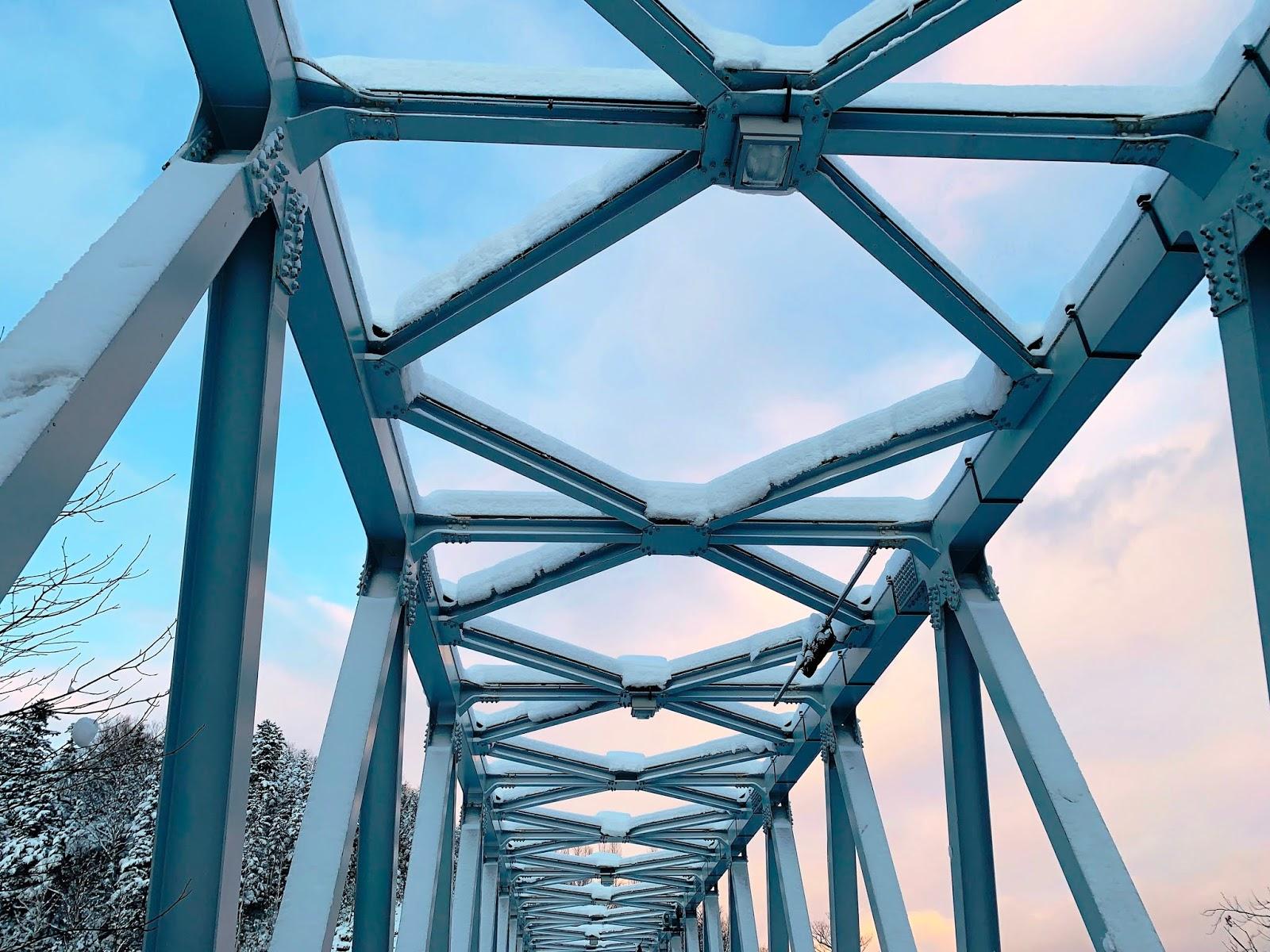 白鬚瀑布-橋上
