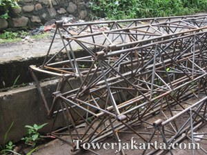 Pabrikasi Tower triangle5