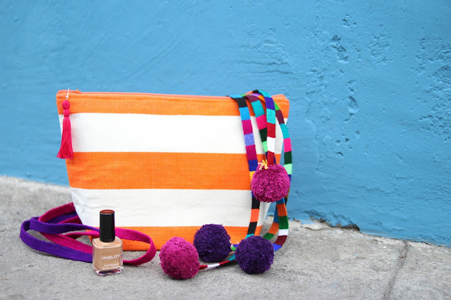 trama textiles, handwoven clutch