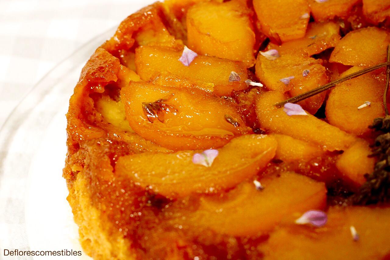 lavanda en tarta manzana