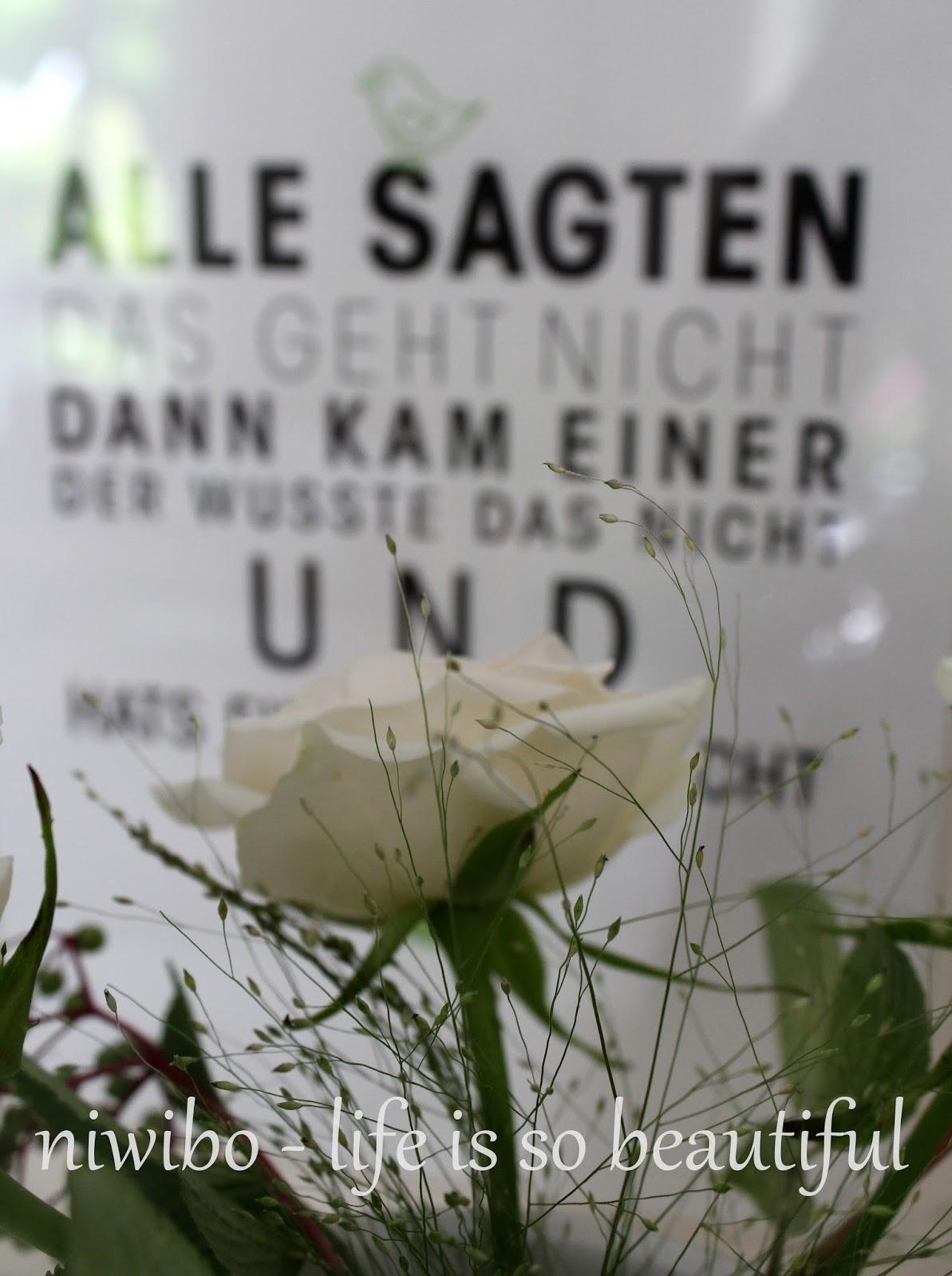Wonderful Kluge Sprüche Decoration Of Seht Ihr Diesen Spruch Hinter Der Rose?