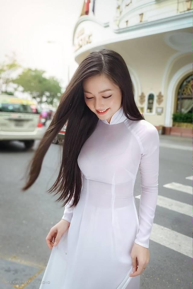 Niemstyle | Xiêu lòng trước vẻ đẹp của thiên thần áo dài
