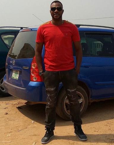 how tall is odunlade adekola