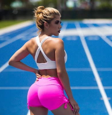 Valeria Orsini  in pink yellow shorts