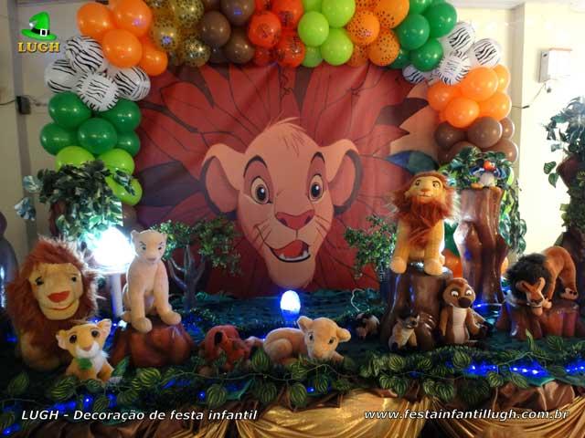 Mesa temática Rei Leão - Festa de aniversário infantil