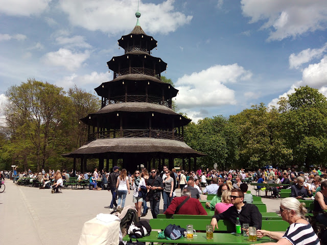 Chinesischer Turm Englischer Garten Munich Biergarten
