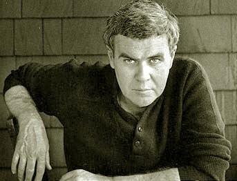 Mine and little things popular mechanics by raymond carver