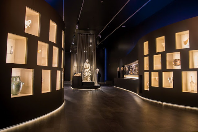 'Countless Faces of Beauty' at the National Archaeological Museum, Athens
