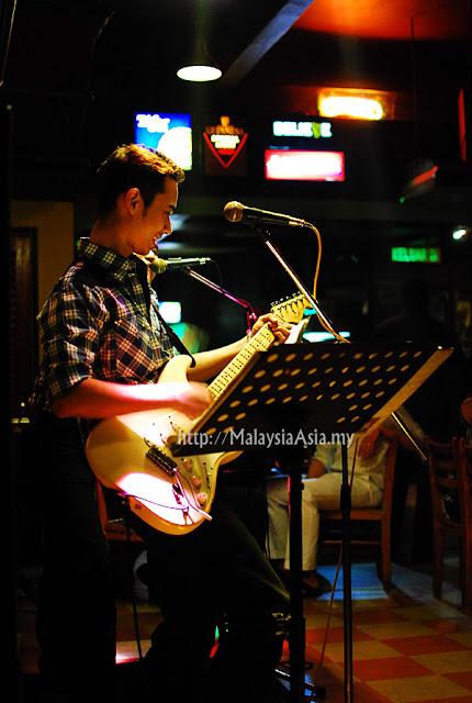 PJ Live Bands Bar Music