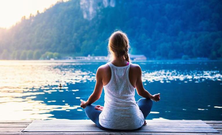Como aumentar sua energia naturalmente e melhorar sua saúde mental e física