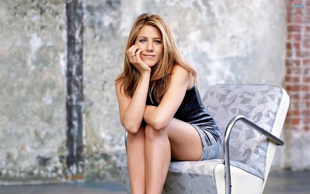 Hollywood Hot Beautiful Actress Jennifer Aniston