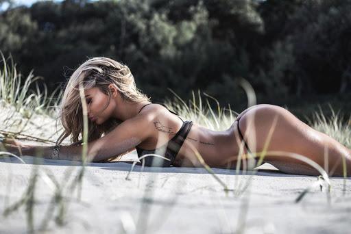 Rosanna Arkle naked models photo shoot