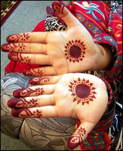 Simple Pakistani Girl Wallpaper Baby Mehndi Designs Fs Fashionista