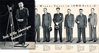 """Willie Schmieger, ex calciatore della nazionale austriaca, allenatore del Wiener Sportklub che incontrò il Bologna a Vienna nel 1921, e anche giornalista e conduttore radiofonico, presenta Sindelar e i suoi compagni di squadra del """"Wunderteam""""."""
