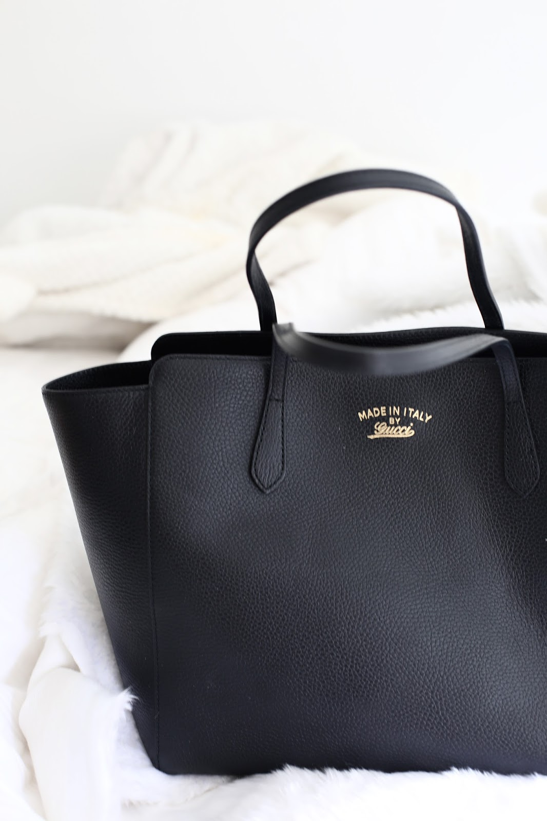 gucci swing bag in black