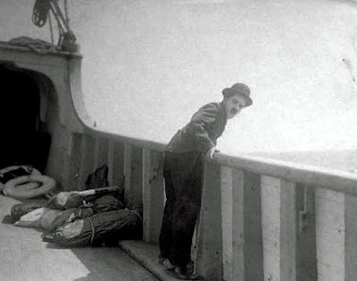 """Чарли Чаплин на съемках """"Иммигранта"""" (1917) - 1"""