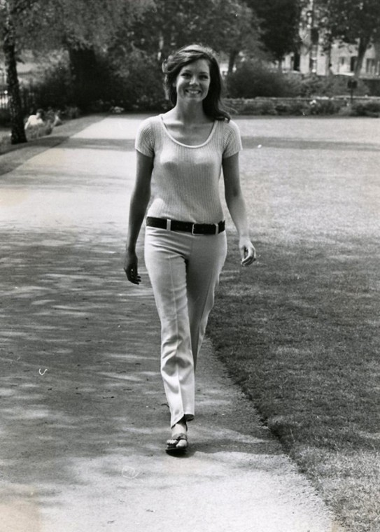 Monkey Picks: DIANA RIGG GOES FOR A WALK