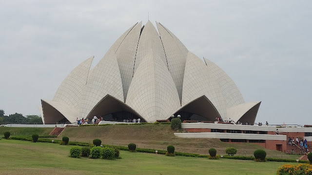 Places To See In Delhi India, Lotus Temple, Red Fort, Rajpath, Rastrapati bhavan, Holiday places, India, Travel, Tourist Tourism,