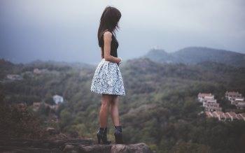 Wallpaper: Beautiful: Girl and Landscape