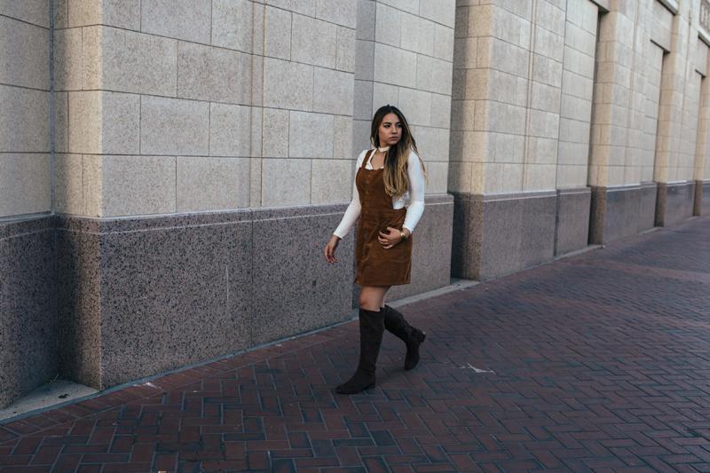walking photo, utah photographer, utah fashion
