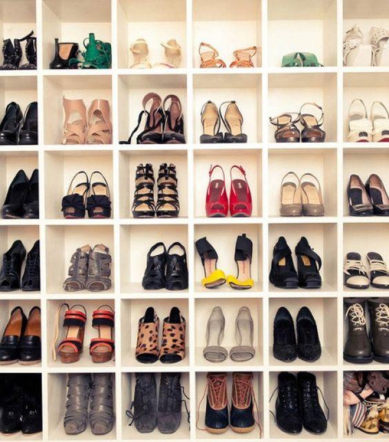 Schoenenkast Voor Heel Veel Schoenen.Binnenkant Schoenen Opruimen
