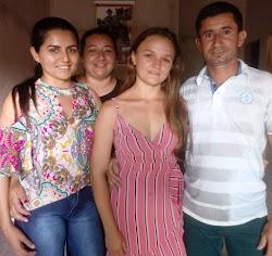 Pré candidato a vereador em 2020 Reguinha Lima reune dezenas de amigos para almoço em sua residência